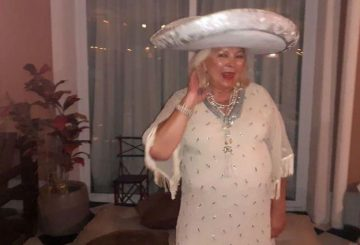 Elisa Carrió en el festejo de su cumpleaños: 70 invitados y mariachis